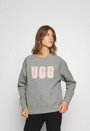 MADELINE FUZZY LOGO CREWNECK - Sweatshirt - grey heather/sonora
