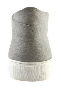 EKN Footwear - SCHNÜRSCHUH MAPLE MID GREY VEGAN - Casual lace-ups - grey - 4