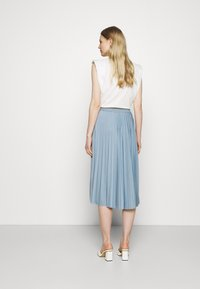 Rich & Royal - PLISSEE SKIRT - Pleated skirt - smoked blue - 2