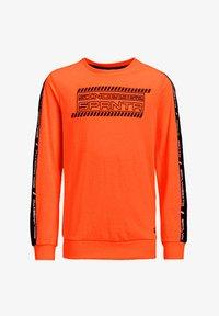 WE Fashion - MET 3D-OPDRUK EN TAPE - Langærmede T-shirts - bright orange - 3