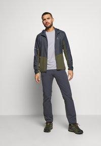 Salomon - TEE - T-shirt basic - alloy/heather - 1