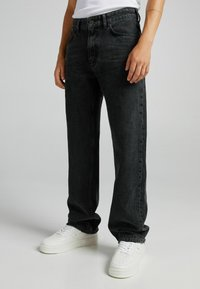 Bershka - Straight leg jeans - black - 0