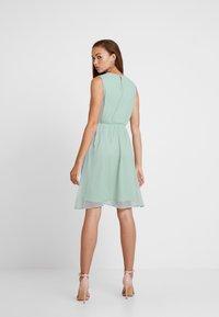 Vero Moda - VMBIRGITTA DRESS - Denní šaty - jadeite - 2