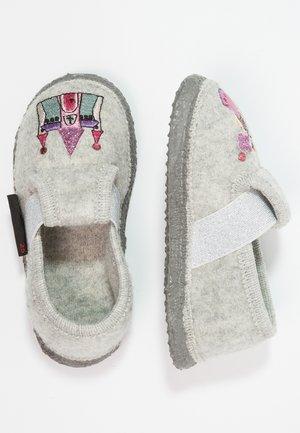 THÜNGEN - Slippers - kiesel
