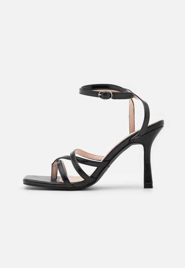 SONIA - Sandales - black