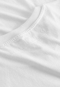 Five Fellas - Print T-shirt - white - 3