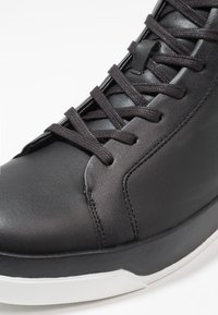 Calvin Klein - FERGUSTO - Sneakers hoog - black - 5