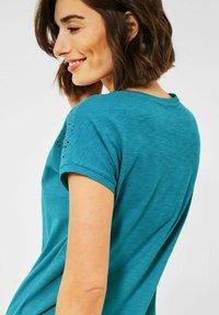 Cecil - MIT STICKEREI - Print T-shirt - türkis - 1