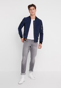 edc by Esprit - Slim fit jeans - grey light wash - 1