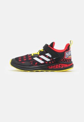 FORTARUN SUPERHERO UNISEX - Neutrální běžecké boty - core black/footwear white/vivid red