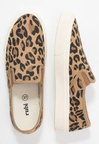 Rubi Shoes by Cotton On - VEGAN HARPER  - Slip-ons - brown - 3