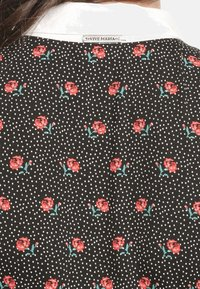 Vive Maria - SWEET ROSE SCHOOL  - Day dress - schwarz allover - 5