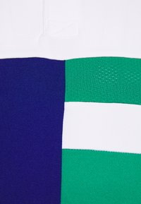 Lacoste Sport - TENNIS - T-shirt de sport - white/cosmic/greenfinch/white - 2