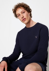 GANT - ORIGINAL C NECK - Sweatshirt - evening blue - 6