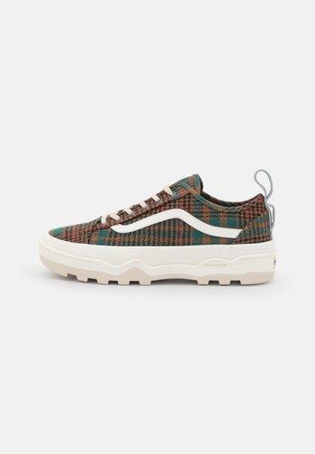 SENTRY OLD SKOOL - Sneakers - sandshell/green
