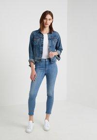 Lauren Ralph Lauren - Basic T-shirt - white - 1