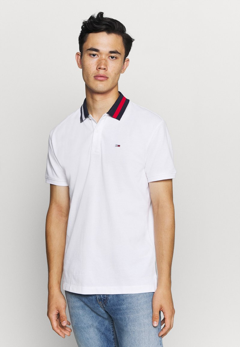 Tommy Jeans - FLAG NECK  - Koszulka polo - white