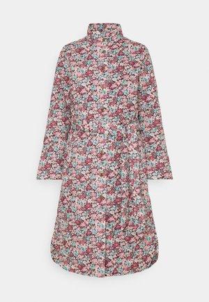 YASTULIA QUILTED JACKET - Klasický kabát - rosewood/tulia