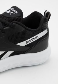 Reebok - RUSH RUNNER 3.0 UNISEX - Zapatillas de running neutras - black/white/silver metallic - 5