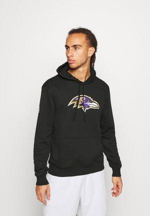 NFL BALTIMORE RAVENS HOODIE - Klubové oblečení - black