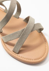 Rubi Shoes by Cotton On - EVERYDAY STRAPPY SLINGBACK - Sandals - khaki - 2