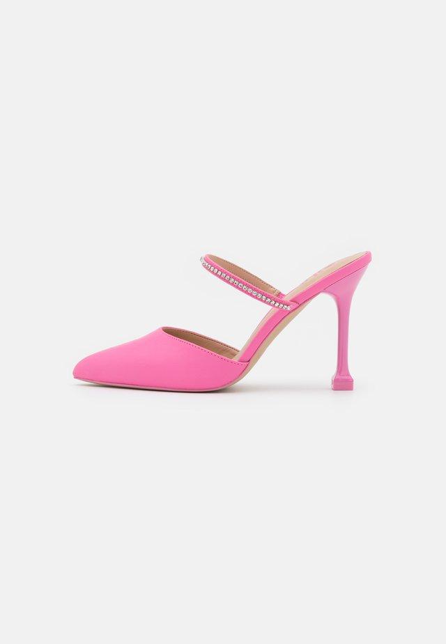 MAREVIA - Decolleté - pink