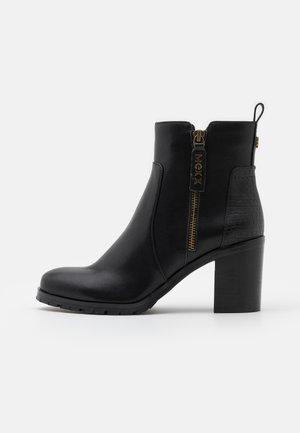 FELIN - Kotníkové boty - black