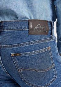 Lee - RIDER - Straight leg jeans - mid stone - 4