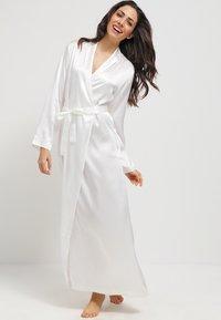 La Perla - Dressing gown - naturale - 0