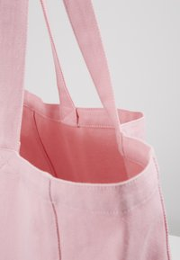 Mads Nørgaard - BOUTIQUE ATHENE - Tote bag - pink/white - 2