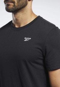 Reebok - TRAINING ESSENTIALS CLASSIC TEE - Basic T-shirt - black - 3