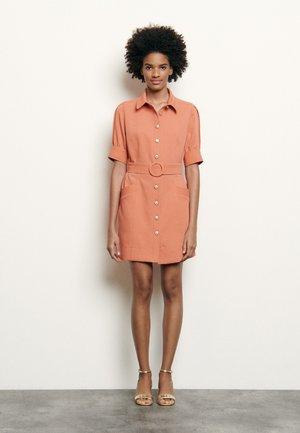 Shirt dress - abricot