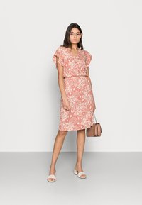 Saint Tropez - TISHA DRESS - Day dress - brick glam - 1