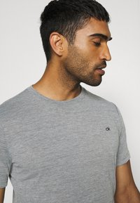 Calvin Klein Golf - HARLEM TECH 3 PACK - T-shirts basic - black/navy/silver - 5
