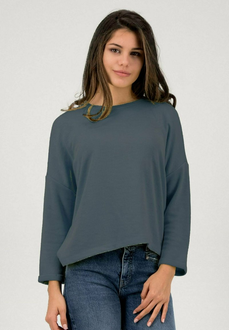 one more story - SOFT  - Blouse - puritan grey