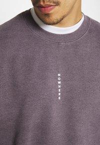 Topman - PIN NOWHERE  - Collegepaita - grey - 5