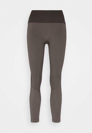 SEAMLESS - Leggings - berlin brown