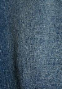 edc by Esprit - Szorty jeansowe - blue dark washed - 10