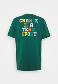 adidas Originals - MULTI TEE - T-shirts print - collegiate green - 1
