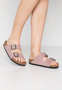 Birkenstock - ARIZONA - Slippers - lavender blush - 0
