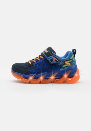 MEGA SURGE - Sneakers basse - navy/orange/lime