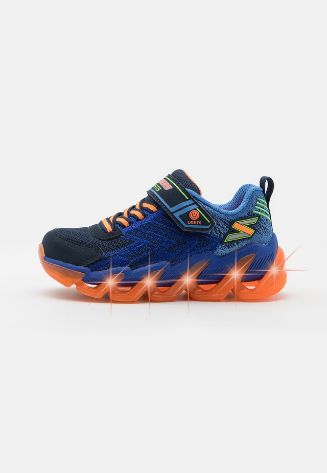 MEGA SURGE - Zapatillas - navy/orange/lime