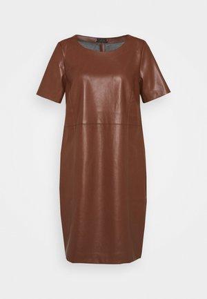 DRESS - Kjole - cinnamon