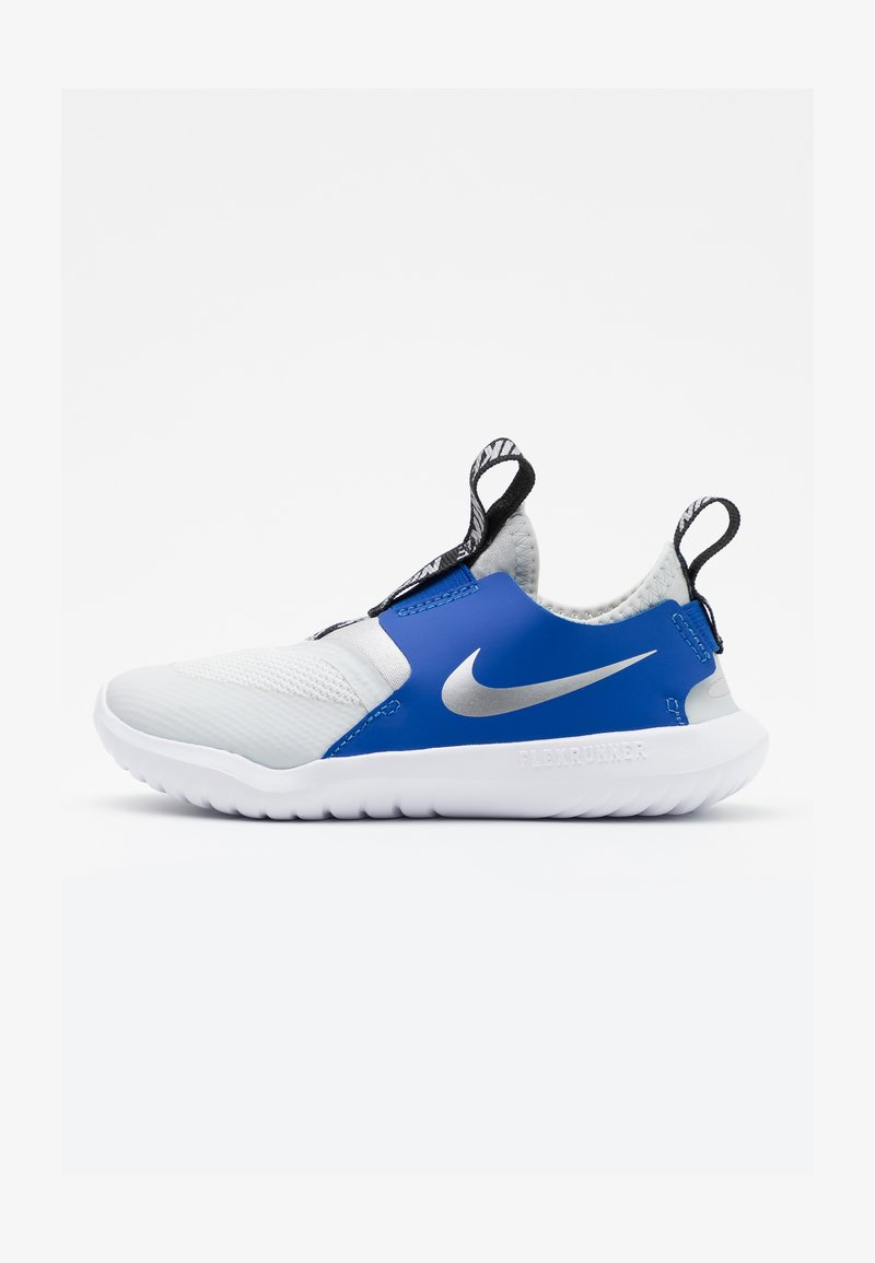 Nike Performance - FLEX RUNNER - Neutral running shoes - photon dust/metallic silver/game royal/black