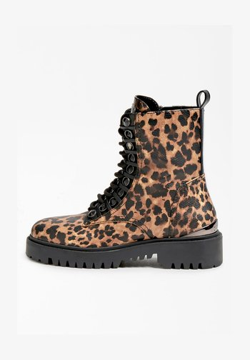 OXANA - Lace-up ankle boots - animalier