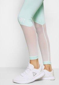 HIIT - BENNETT PANEL - Legging - mint - 4