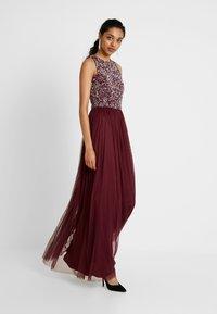 Lace & Beads Tall - PICASSO - Společenské šaty - burgundy - 2