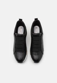 Tamaris - SLIP-ON - Sneakers laag - black - 5