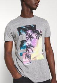 edc by Esprit - Print T-shirt - mottled grey - 5