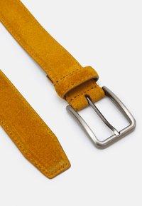 Pier One - LEATHER UNISEX - Belt - mustard yellow - 1